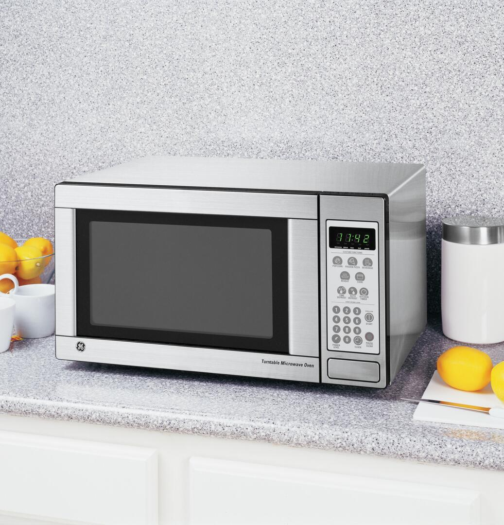 Microwave For Small Es Microwaves Appliances The Home