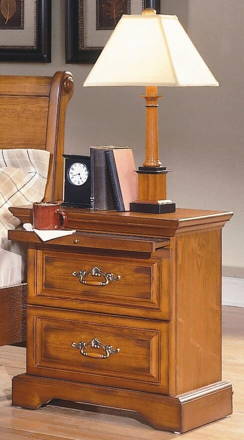 New classic home furnishings 1133qpbdmcn honey creek queen for Classic home designs collierville tn