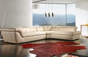 J and M Furniture 17544291RHFC