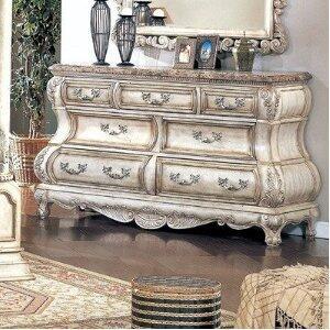 Yuan Tai CA6627DR Calidonian Series Wood Dresser