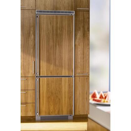 Liebherr CI1651  Counter Depth Bottom Freezer Refrigerator with 15.5 cu. ft. Total Capacity 4.2 cu. ft. Freezer Capacity 4 Glass Shelves