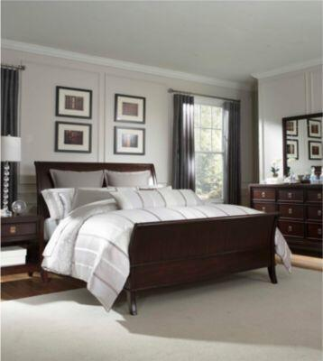 Broyhill ANTIQUITYBEDQ Antiquity Series  Queen Size Sleigh Bed