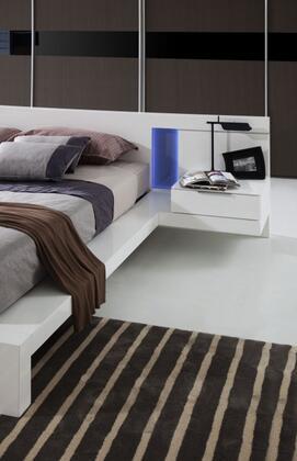 VIG Furniture VGWCALASKA Modrest Alaska Modern White Lacquer Bed