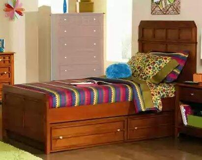 Coaster 400421T Aiden Series  Bed